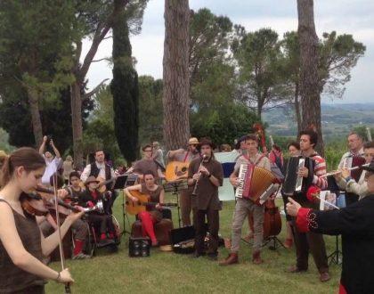 Musica nelle Aie pernottare a Casa Damiano